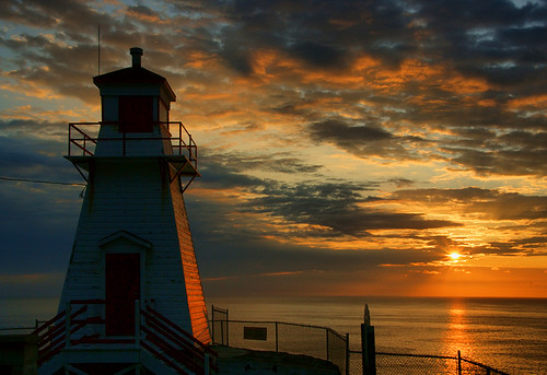 ocean lighthouse sunrise newfoundland fort stjohns amherst digitalcameraclub top20lh top20lh20 platinumphoto elitephotography spectacularsunsetsandsunrises