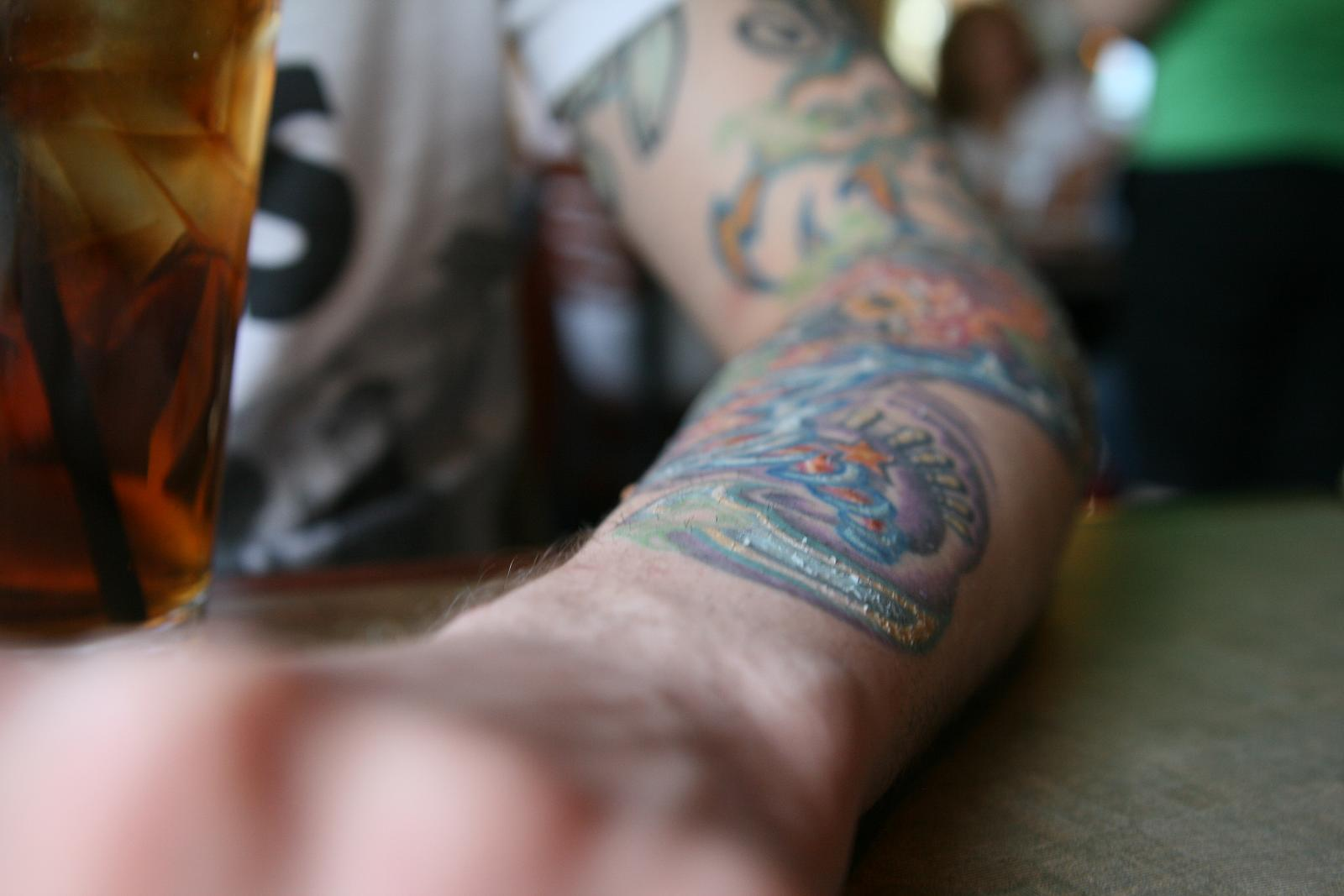 peeling and healing tattoo - tattoo peel
