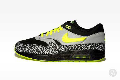 separation shoes 39ddf 0e9a4 ... Nike Air Max 1 Premium DJ Clark Kent