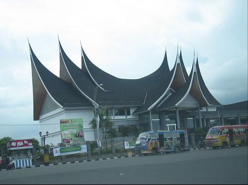 Traditional roof of Minagkabau House,Padang,West Sumatra,Indonesia | by ida.sudirno