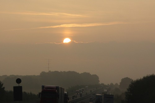 mist clouds sunrise germany deutschland highway wolken autobahn sonnenaufgang warmlight warmeslicht juergenweiland