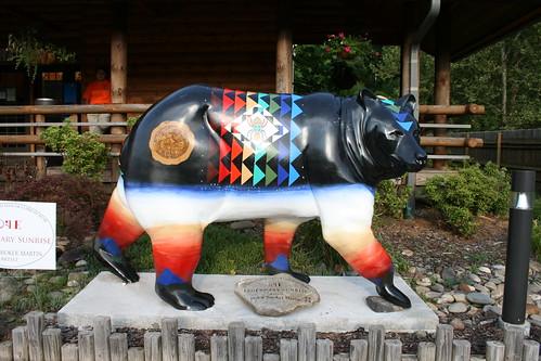 bear art statue northcarolina cherokee bearstatue cherokeenorthcarolina