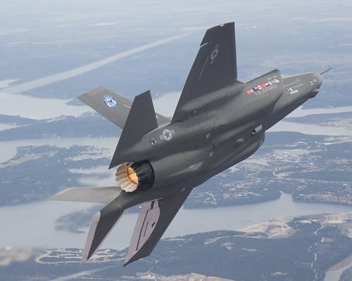 27_04122   by Lockheed Martin