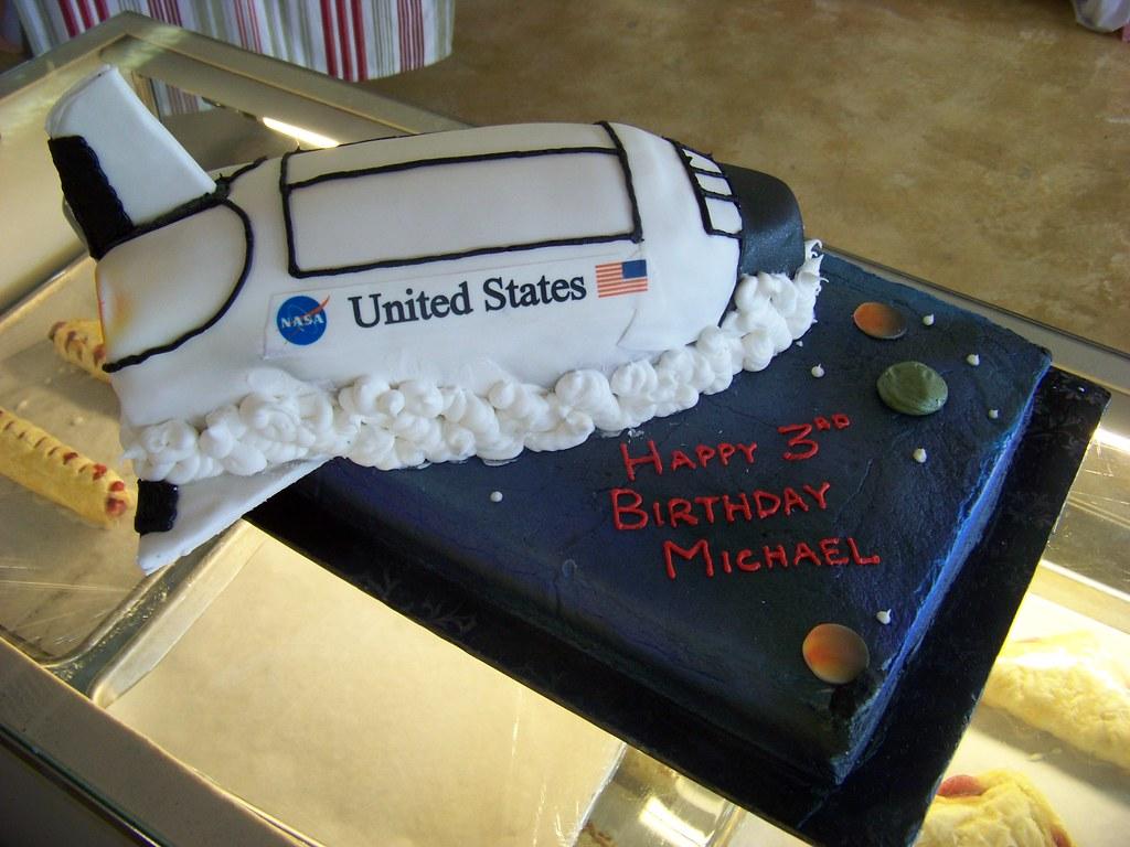 Amazing Space Shuttle Birthday Cake A 1 3 Sheet Cake Decorated Lik Flickr Personalised Birthday Cards Vishlily Jamesorg