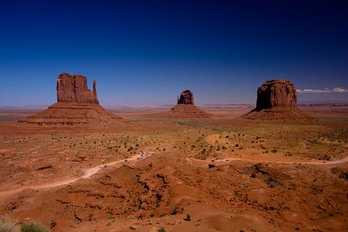 Monument Valley....   by zilverbat.
