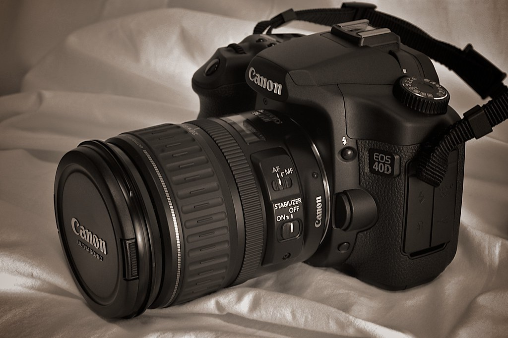 Canon EOS 40D + EF 28-135mm IS USM | This is my new 40D, it