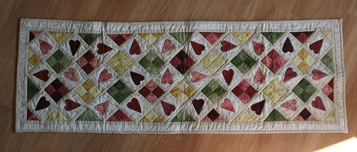 Table runner, complete view   by mirthful
