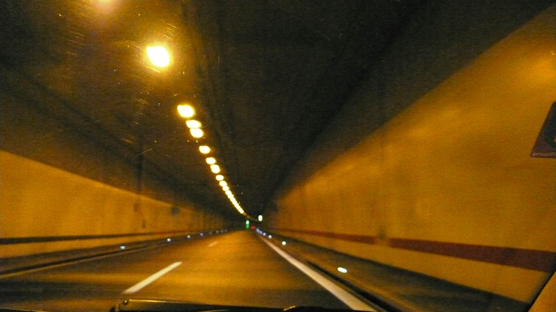 Tunnel motorway Biel-Solothurn
