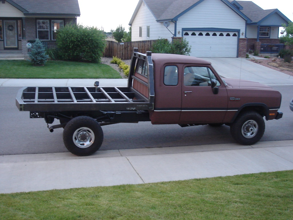 Dodge Flatbed In The Works Leandracasanueva Flickr