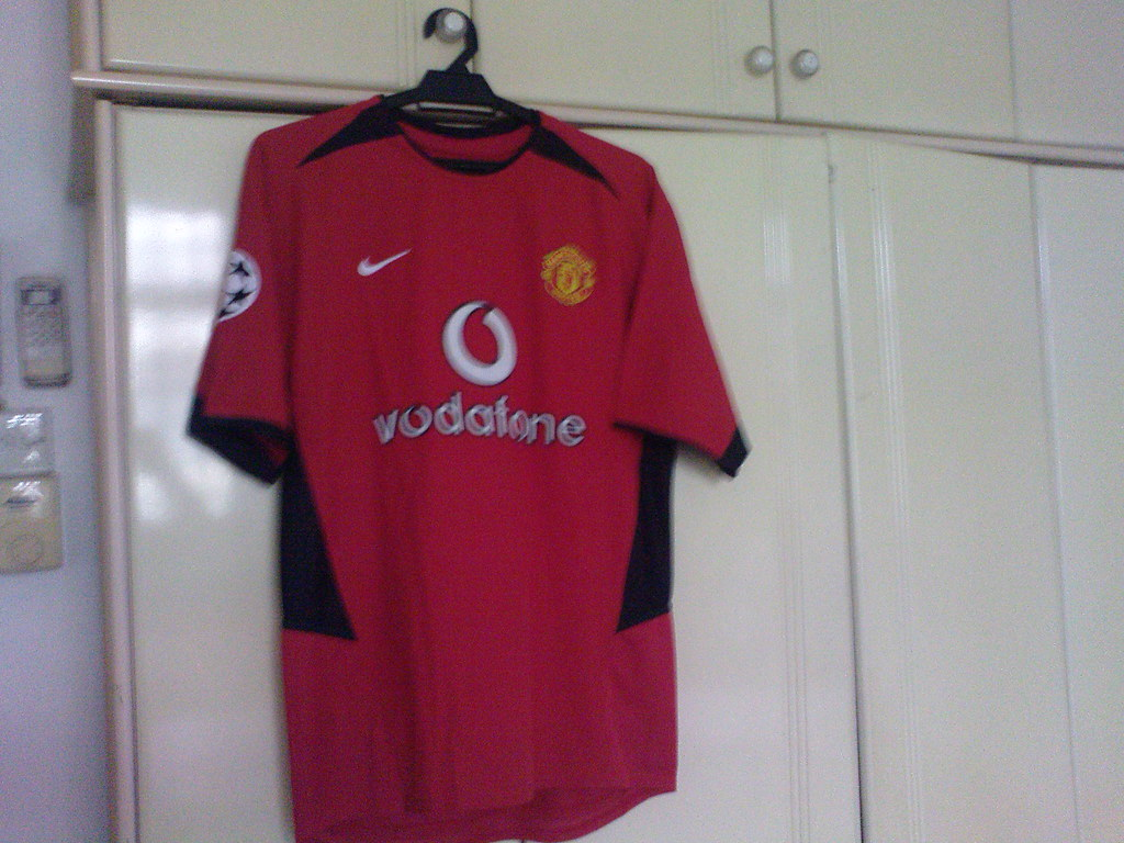 buy popular e68ca 27e2b Manchester United 2002-2003 Home Kit UCL Starball with Bec ...