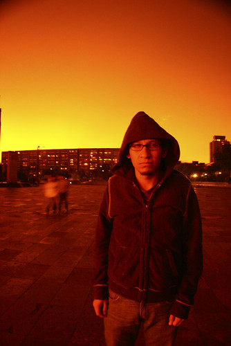 street sunset portrait sky man méxico mexico atardecer calle mexicocity retrato edificio cielo naranja hombre tlatelolco viro ciudaddeméxico strato widelens sunsubiro meksikurbo meksiko noktiĝo portreto ĉielo lentilla lentillajúbilo