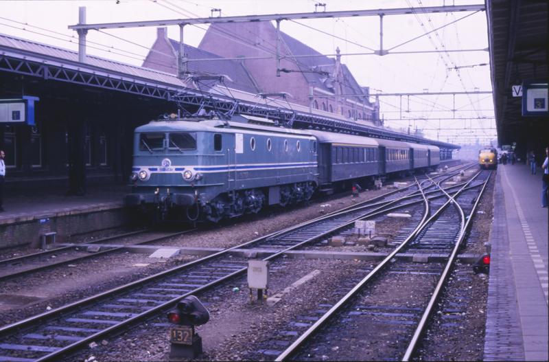 08707005-6107 Roosendaal 23 juli 1989 by peter_schoeber