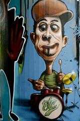 streetart drummer