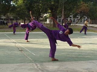 Treino de kung fu em Díli   by J.P. Esperança