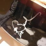 レス・ポールのサイン入りギター