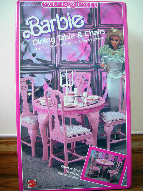 Sweet Roses Dining Table & Chairs
