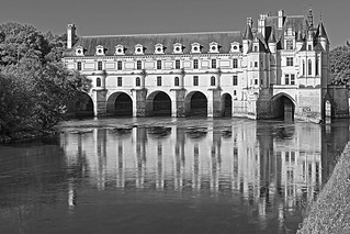 ChateauChenonceau_bw