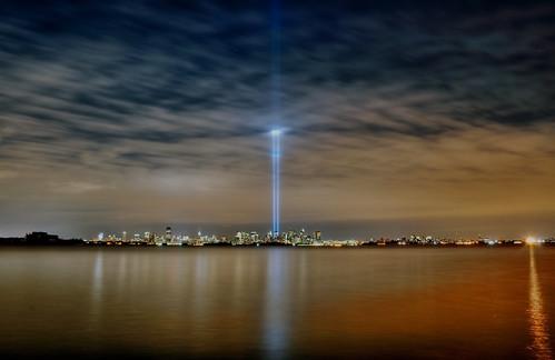 nyc newyorkcity newyork geotagged lights newjersey memorial jerseycity 911 tribute hdr tributeinlight mudpig stevekelley