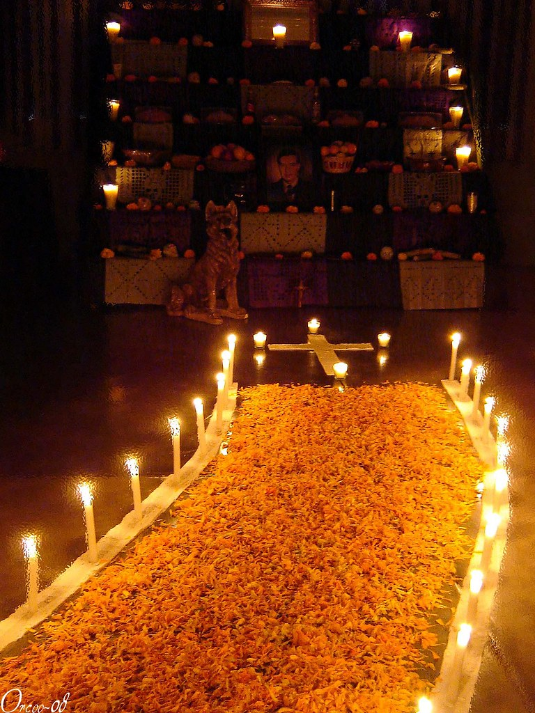 Altar de muertos Photo By Oswaldo Ordez All rights