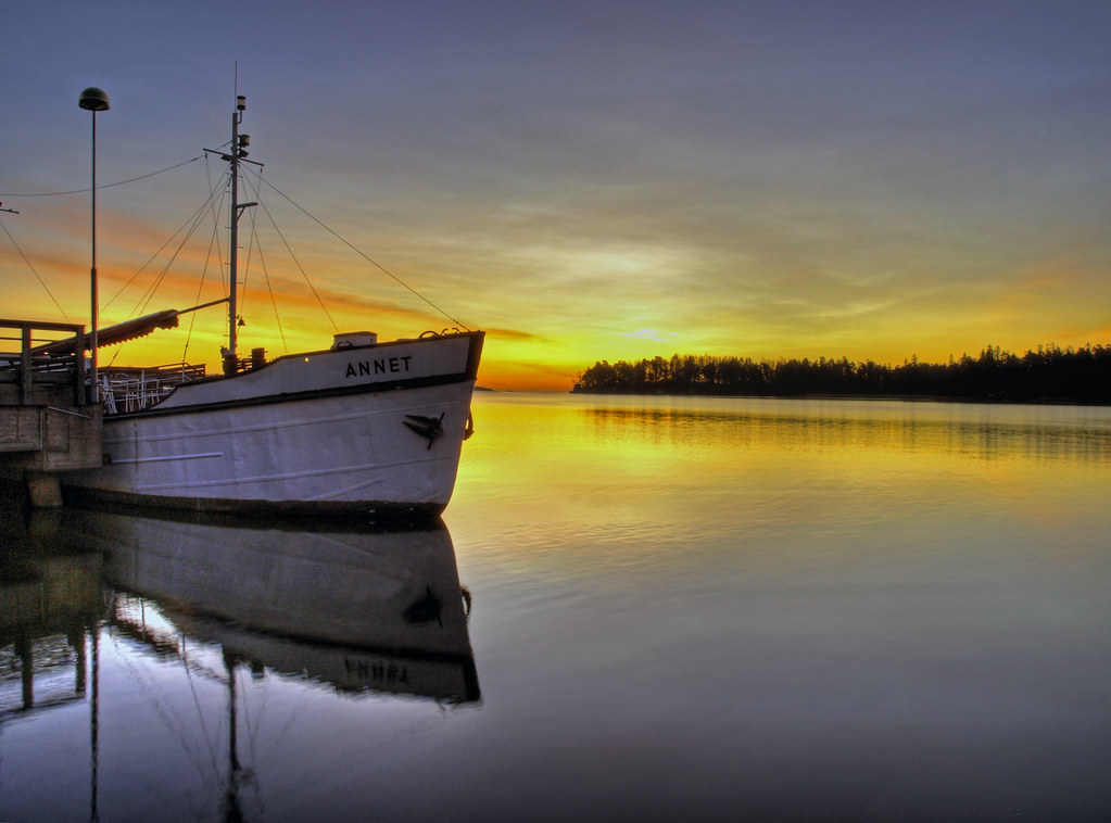 Boat ANNET HDR by s.autio