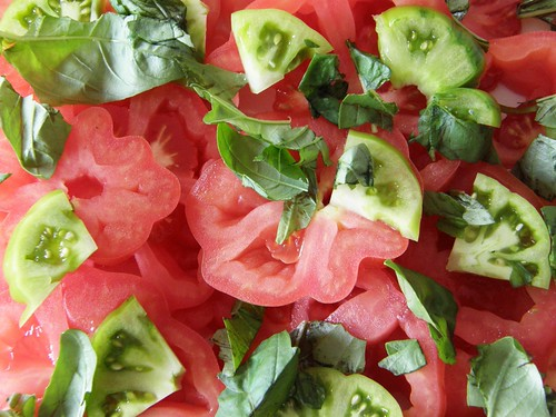 Tomato salad | by Simon Aughton
