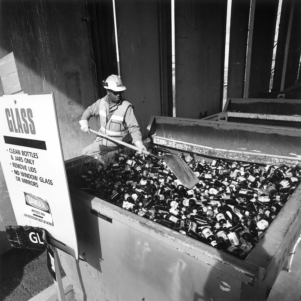 Glass recycling, 1999