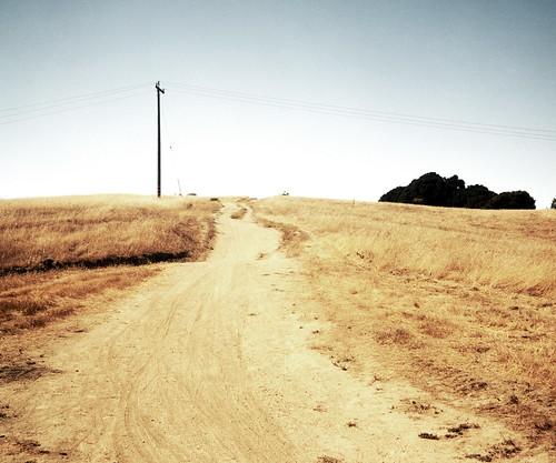 sky 120 tlr film grass rolleiflex kodak hill trail utilitypole portra russianridge midpeninsularegionalopenspacedistrict 160nc
