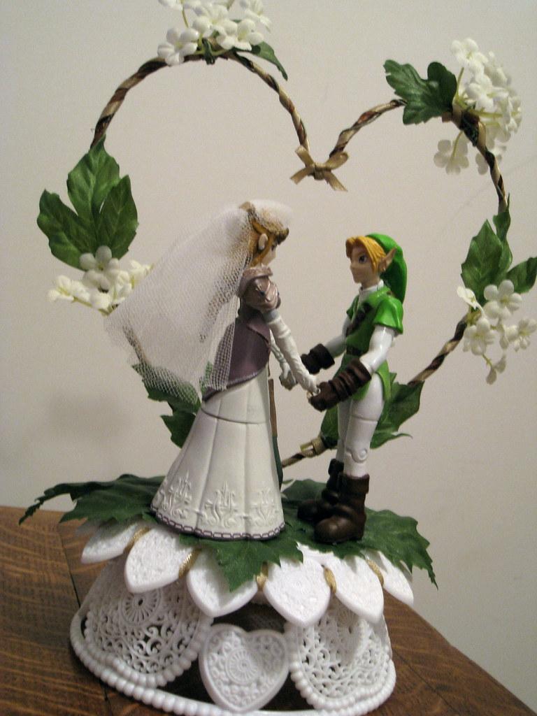 Legends Of Zelda Wedding Cake Topper Princess Zelda And Flickr