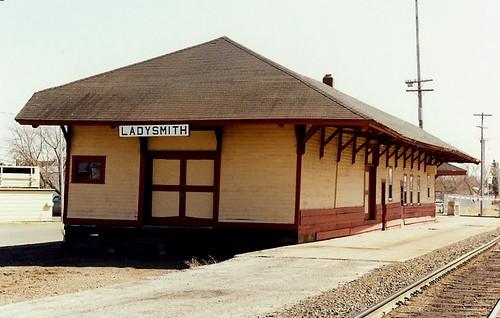 railroad wisconsin depot sooline freighthouse ruskcounty ladysmithwisconsin minneapolisstpaulsaultstemarierailway