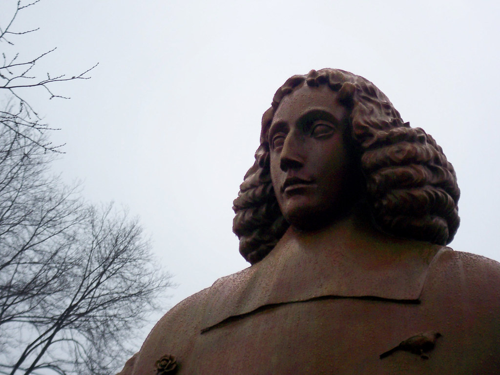 Baruch De Spinoza Amsterdam Builds A Statue For The Cities