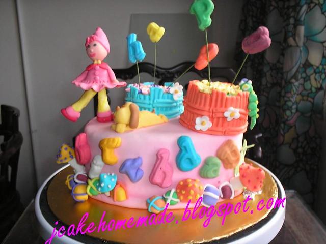 Pinky dream cake
