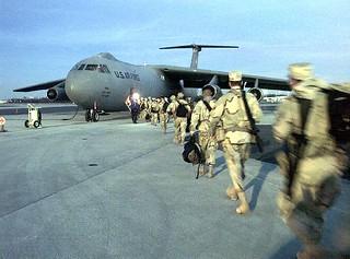 Lockheed : C-141 : Starlifter