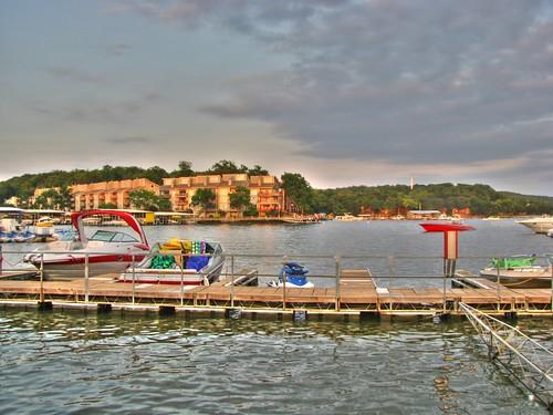 sky lake hotel boat walk board ozarks hdr tantara