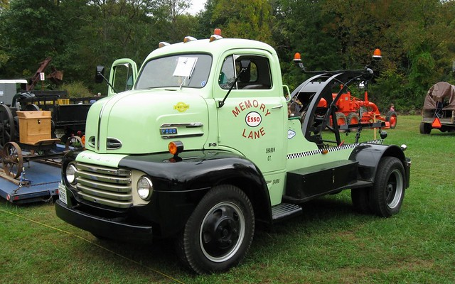 1948 Ford F5 Tow Truck