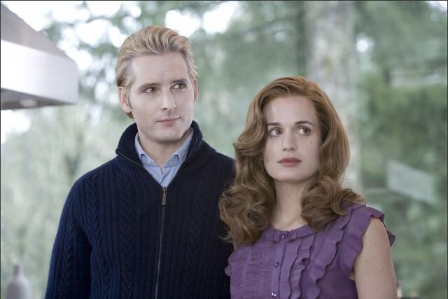 carlisle cullen & esme cullen.   twilight movie still.   Flickr