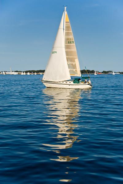 Lake Ontario Yacht (IMGP5061)