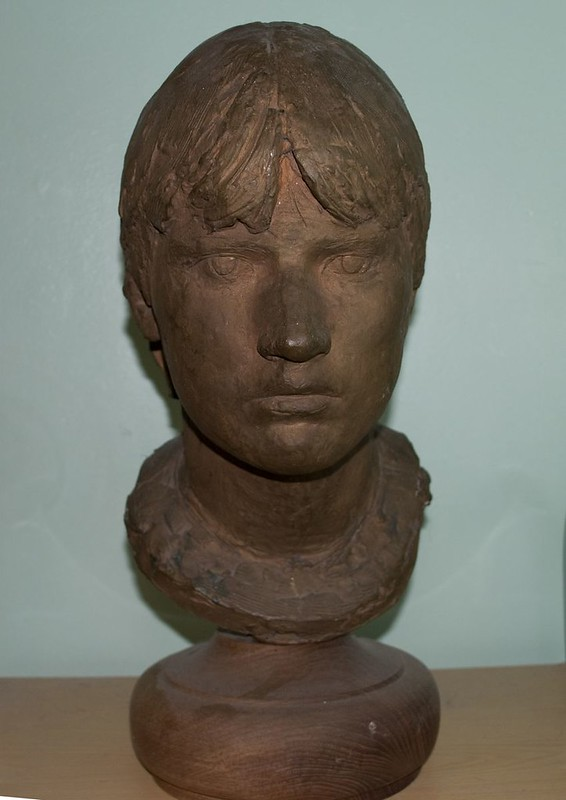 Mrs Columbos Bust
