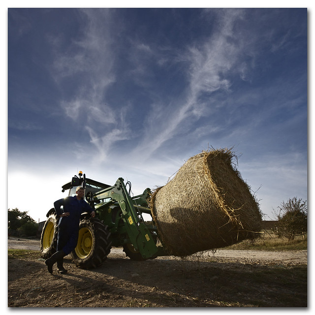 Verto Farmer Rama - Portrait of a proud farmer