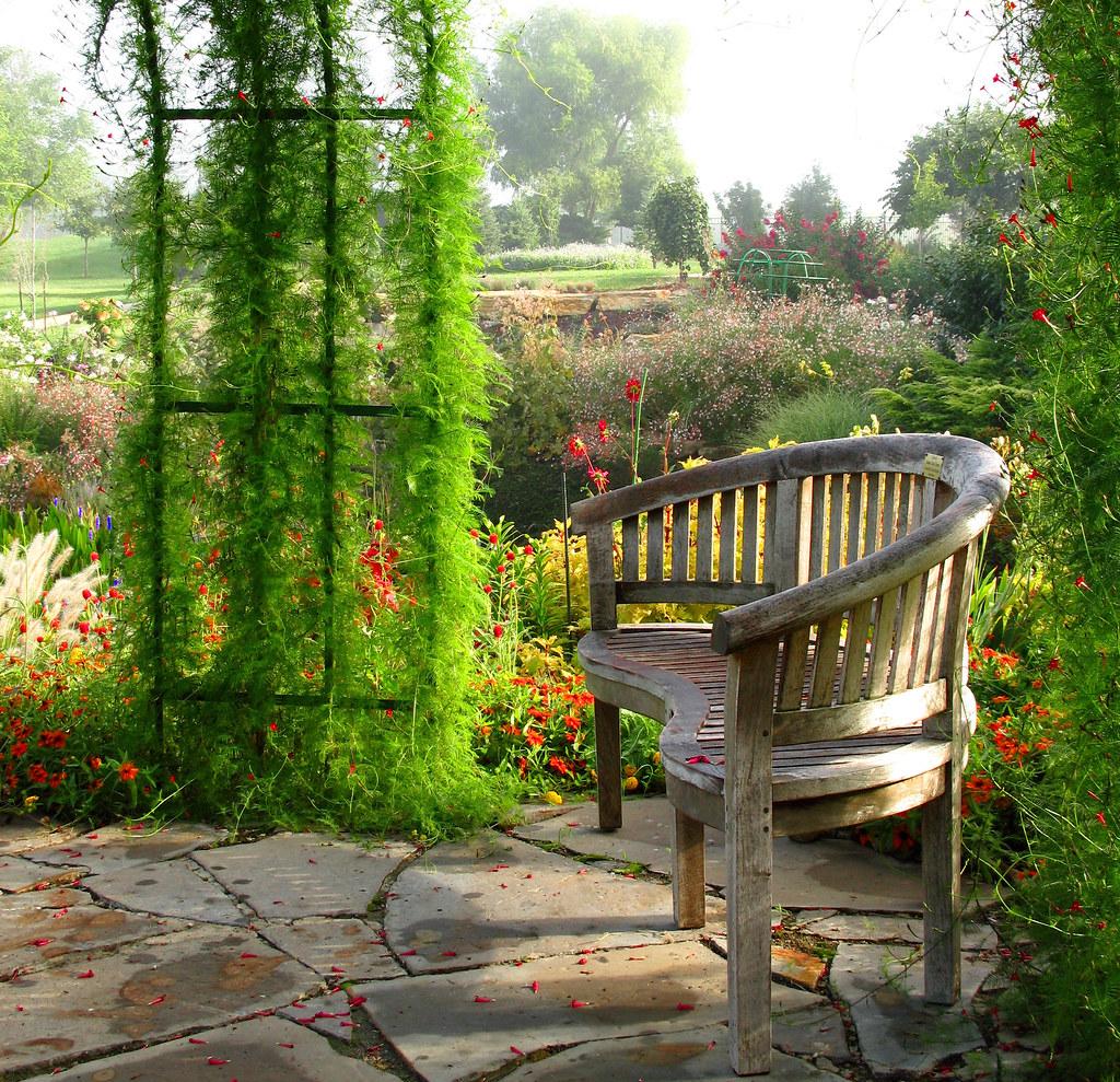 Fabulous A Bench In The Monet Garden Linda Hartong Photography Cal Evergreenethics Interior Chair Design Evergreenethicsorg