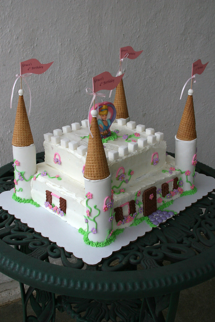 Fabulous Cinderella Castle Cake Cinderella Castle Cake For My 4 Yea Flickr Funny Birthday Cards Online Fluifree Goldxyz