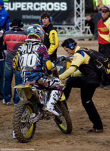 Ryan Dungey's mechanic kicking the front end