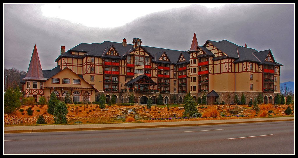 The Inn At Christmas Place New Hotel In Pigeon Forge Tn L Flickr