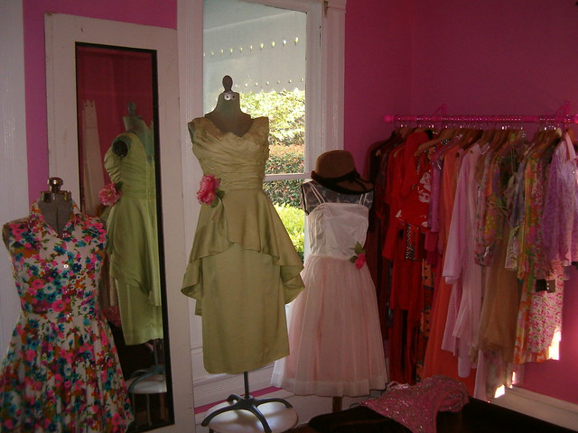 Pink room at The Vintage Laundry in Austin