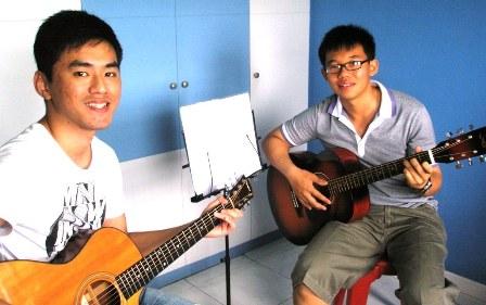 Guitar lessons Singapore Felix