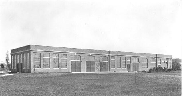 Trade School Shops - Beverly High School (1923)