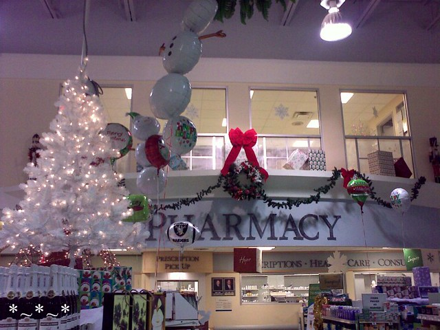 Publix Christmas Hours.12072008484 Publix Pharmacy Decorated For Christmas Flickr
