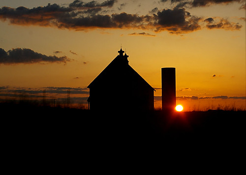 columbus sunset ohio orange silhouette barn contrast skies farm sunsets silo winner sunrises skys 1strunnerup columbusdispatch 1stplace ruralohio perfectskies perfectsunsetssunrisesandskys perfectsunsets perfectsunrises perfectskys pentaxart