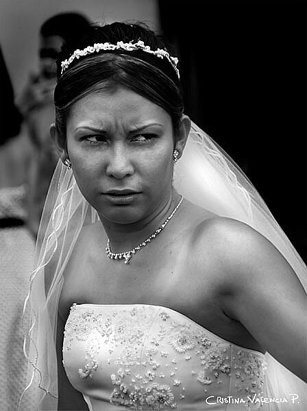 Angry Bride / Novia Enojada