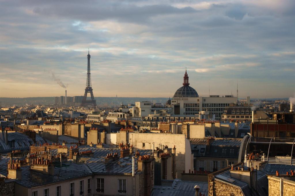Paris lever du soleil depuis la terrasse de l'agence DDB rue d'Amsterdam 25