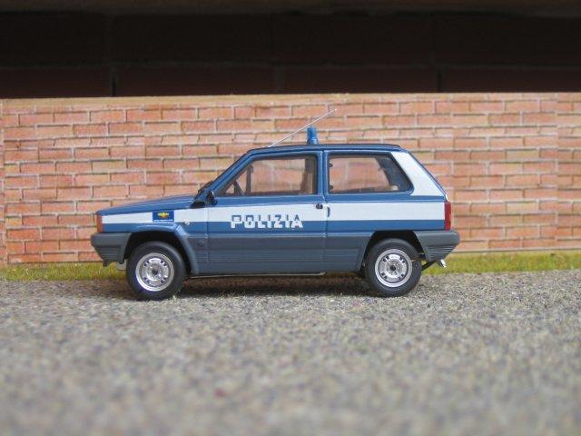 Classic Design Italia Mobili.Italia Polizia Di Stato Fiat Panda 4x4 Nuclei Mobili Preve Flickr